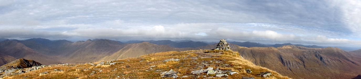 Cairn op de top van Gleouriach